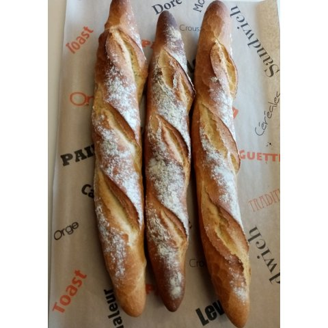Baguette tradition croustillante