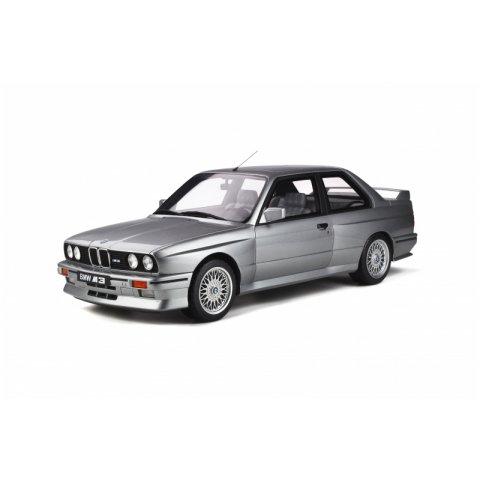 BMW M3 E30 1/12 Ottomobile