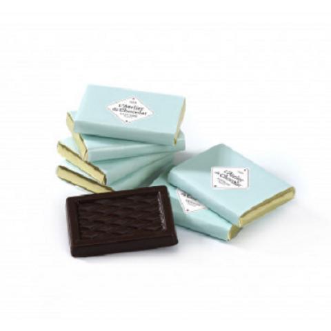 Napolitains. Carrés pur chocolat Noir