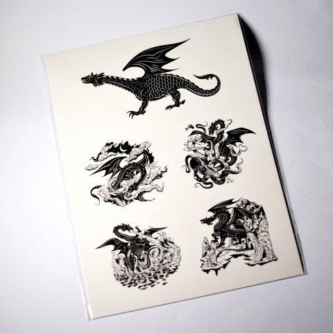 Planche de tatouages éphémères