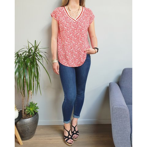 Blouse grande taille rouge fleurs liberty blanches