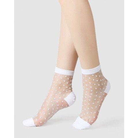 Socquettes blanc plumetis